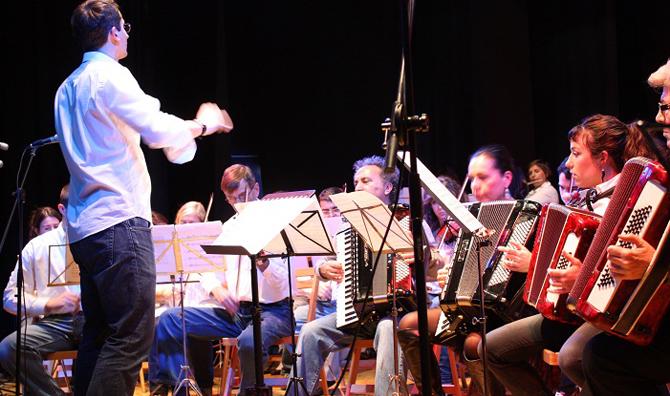 clases acordeón en academia de música de Zaragoza